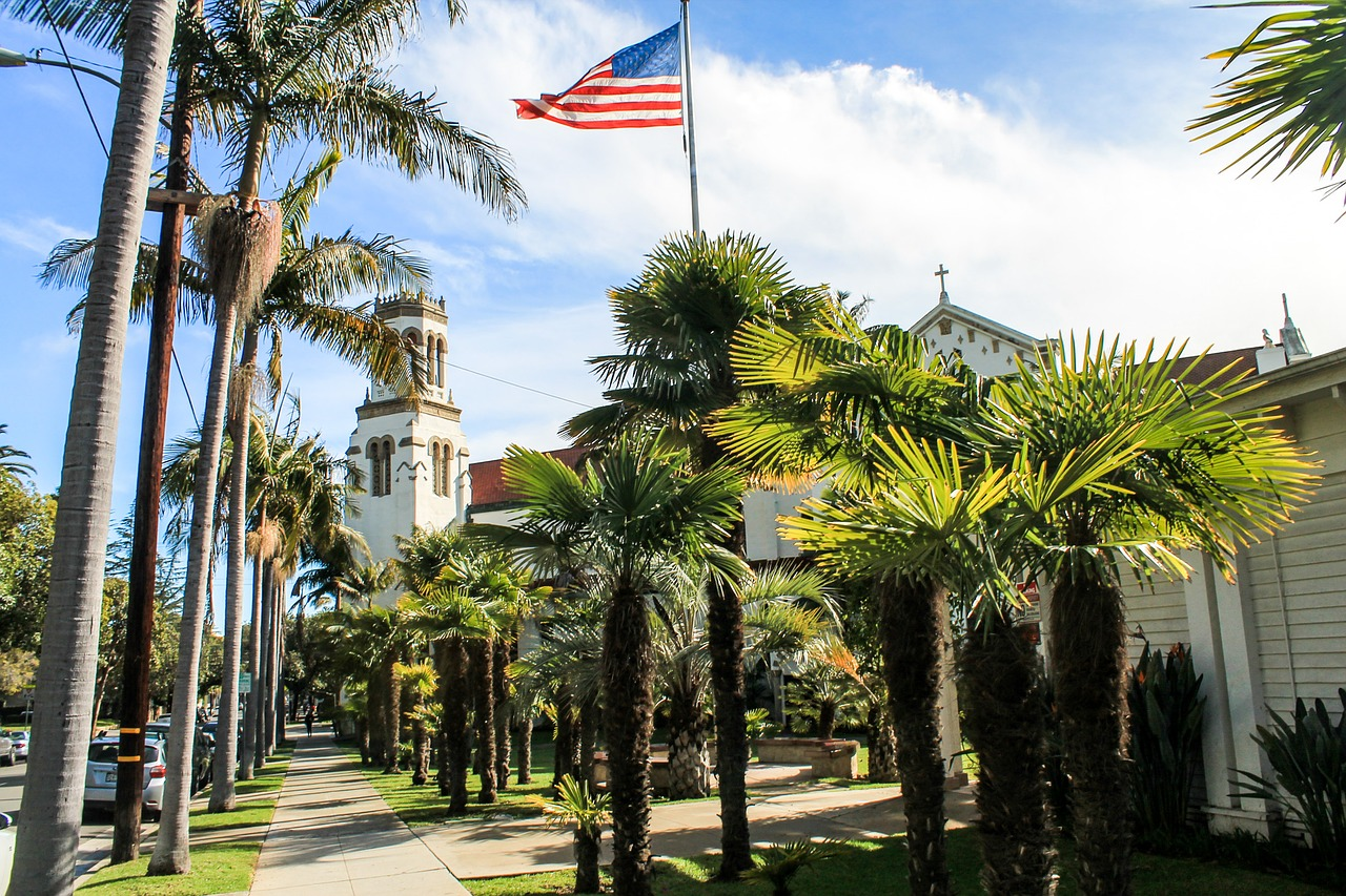7 Must-See Tourist Attractions in Santa Barbara, California