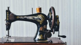 Which Is The Best Sewing Machine For Beginners To Consider