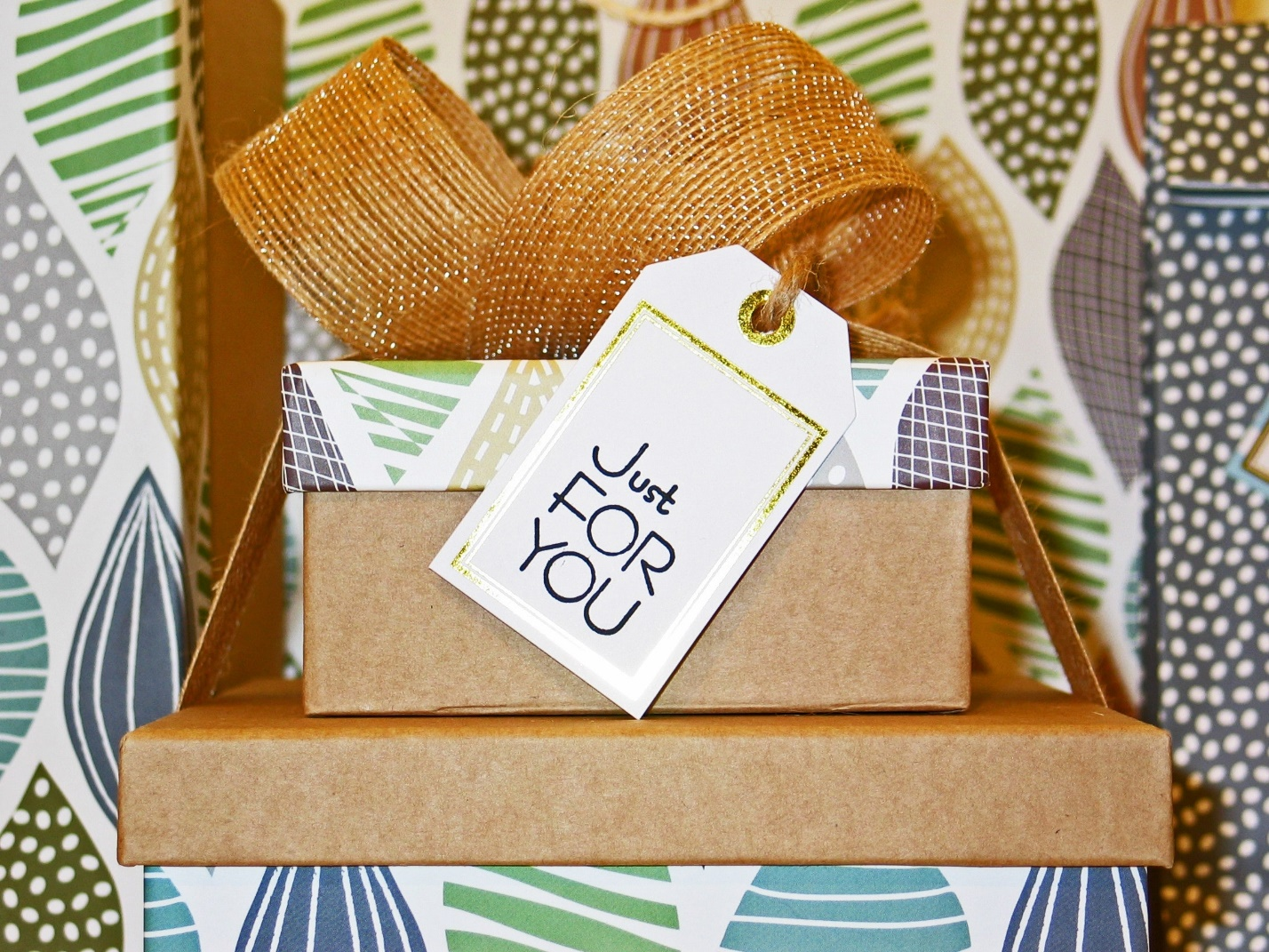 6 Ways to Make Your Gifts More Thoughtful for Anyone in Your Life