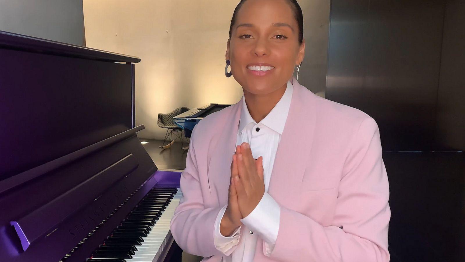 Alicia Keys Surprises Graduates at the 2020 SCAD Commencement
