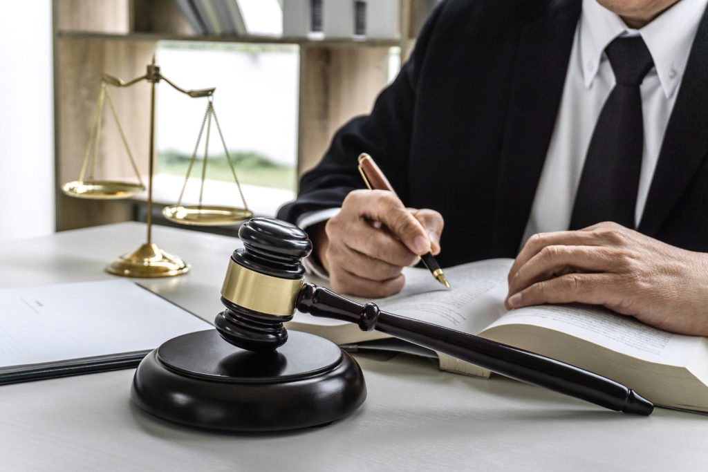 5 Situations Where You Need to Hire a Criminal Defense Attorney